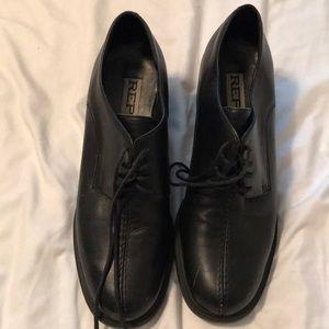 Report chucks heel loafers. Size 8.5